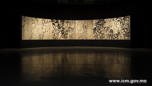 20190605091731_03-鄭禕  福 (2019)  瓷與布  180   x 180 厘米  作品由金沙中國有限公司提供